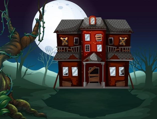 Haunted casa nei boschi di notte