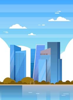 I grattacieli di singapore osservano il paesaggio urbano moderno di singapore
