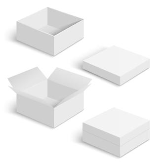 I modelli bianchi della scatola quadrata hanno messo isolato su fondo bianco. contenitore di carta per prodotto