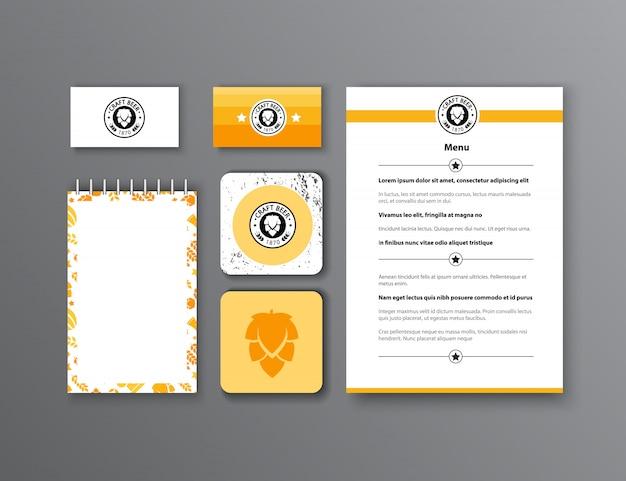 Identità aziendale design classico modello di cancelleria. documentazione per le imprese.