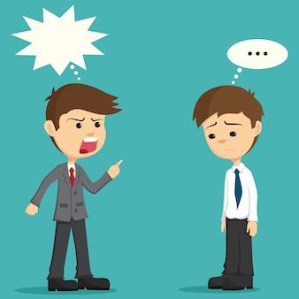 Il capo arrabbiato si lamenta del suo impiegato