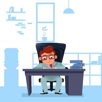 Il capo dell'uomo di affari si siede alla scrivania che funziona con i documenti