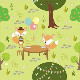 Il modello delle coppie della volpe fa festa nel terreno boscoso