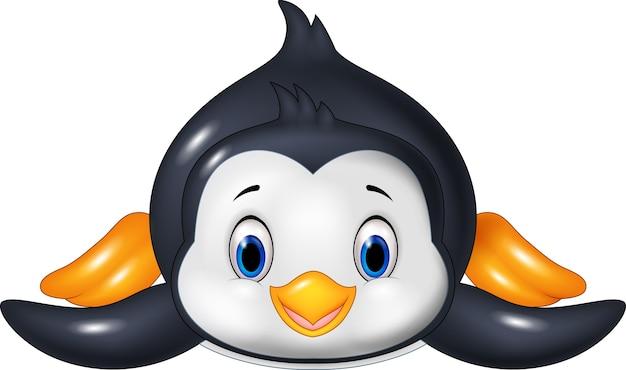 Il pinguino sta scivolando sulla neve