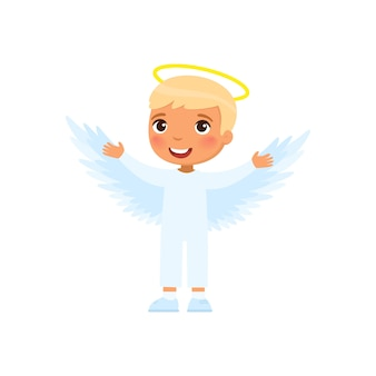 Il ragazzino si è vestito come l'illustrazione dell'angelo