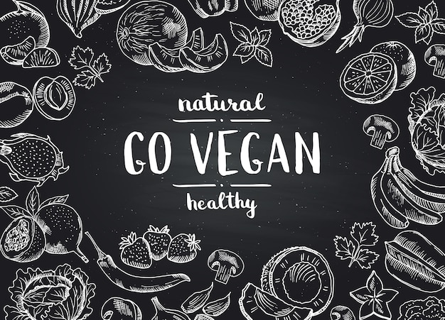 Il vettore va fondo della lavagna del vegano con la frutta e le verdure disegnate a mano di scarabocchio. illustrazione della lavagna cibo vegano
