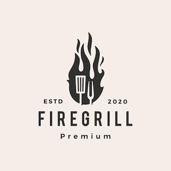Illustrazione d'annata dell'icona di logo dei pantaloni a vita bassa della forcella della spatola della griglia del fuoco della fiamma