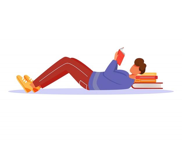 Illustrazione del libro di lettura del giovane. ragazzo studia pubblicazione, mettendosi sotto la testa una pila di libri di testo. studente che prepara per il personaggio dei cartoni animati degli esami su fondo bianco