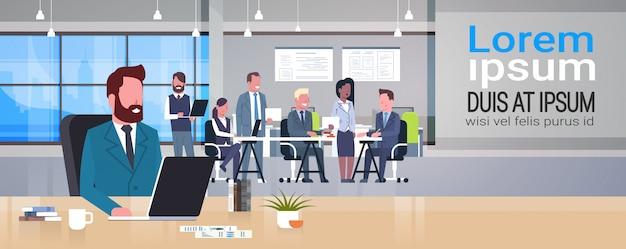 Illustrazione del posto di lavoro di coworking