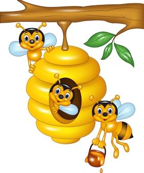 Illustrazione del ramo di un albero con un alveare e le api