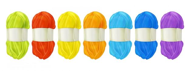 Illustrazione delle clews della lana del filato di tricottare della tessile con il filo di colore differente per tessere