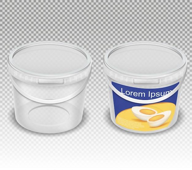 Illustrazione realistica vettoriale di secchi trasparenti in plastica vuota per prodotti alimentari