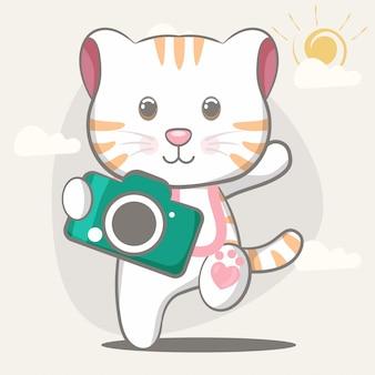 Illustrazione sveglia felice disegnata a mano del gatto per i bambini