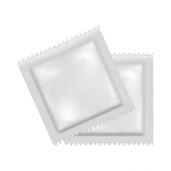 Imballaggio realistico bianco modello bianco per un preservativo.
