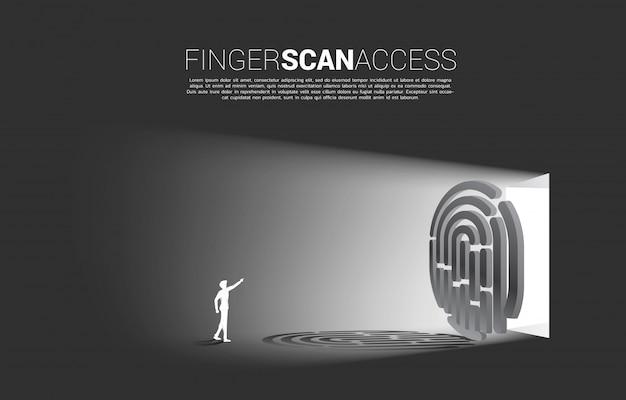 Impronta digitale di tocco dell'uomo d'affari sull'icona di scansione del dito per accedere al cancello