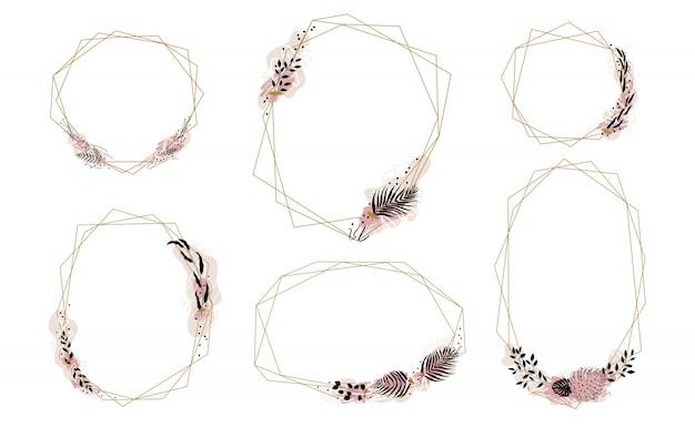 Incorniciato da cornici di cristalli dorati decorati con macchie di vernice e foglie di palma dypsis, monstera, oliva e altri.