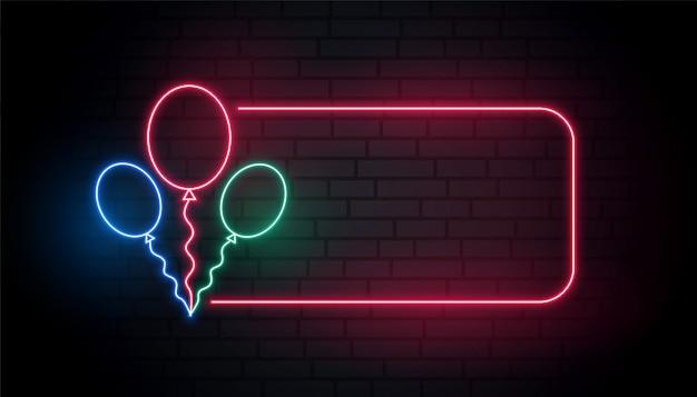 Insegna al neon dei palloni con lo spazio del testo