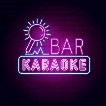 Insegna al neon del bar karaoke. display a led con luce al neon.
