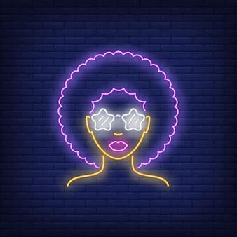 Insegna al neon della ragazza di retro afro
