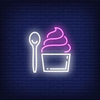 Insegna al neon di cupcake e cucchiaio