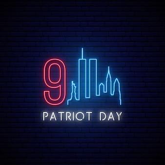 Insegna al neon di patriot day.