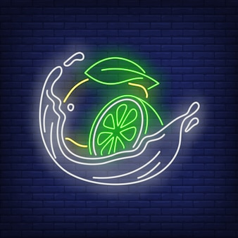 Insegna al neon spruzzata di limone, lime e liquido