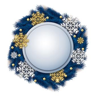 Insegna decorata rotonda in bianco di natale con i fiocchi di neve della corona e di scintillio dell'albero di abete