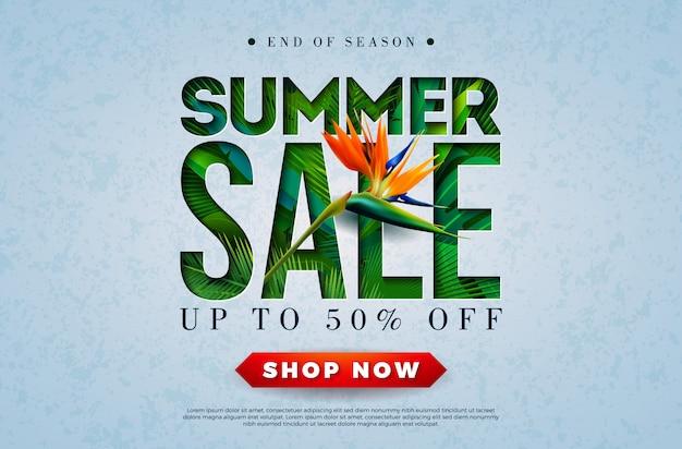 Insegna di vendita di estate con il fiore del pappagallo e le foglie di palma tropicali