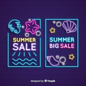 Insegne di vendita di estate al neon
