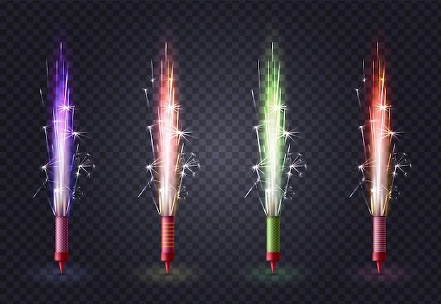 Insieme colorato realistico dei fuochi d'artificio con quattro immagini isolate della luce scintillante del bengala attacca su trasparente