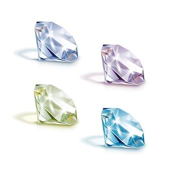 Insieme dei diamanti chiari brillanti colorati blu viola verdi e bianchi isolati su bianco