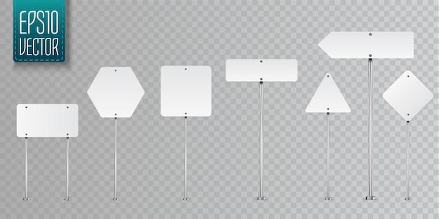 Insieme dei segnali stradali in bianco isolato su trasparente