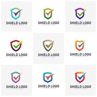 Insieme del vettore di concetto di progetto di logo del controllo dello schermo. scudo di qualità illustrazione vettoriale design.