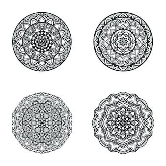 Insieme dell'illustrazione della mandala in bianco e nero