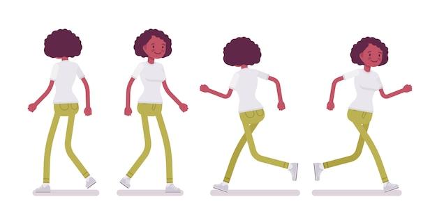 Insieme della giovane donna nera o afroamericana che cammina e che corre