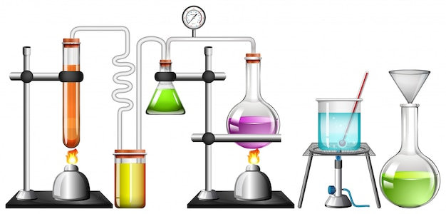 Insieme delle attrezzature di scienza su bianco