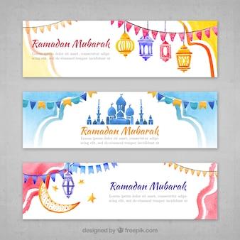 Insieme delle bandiere ramadan a effetto acquerello
