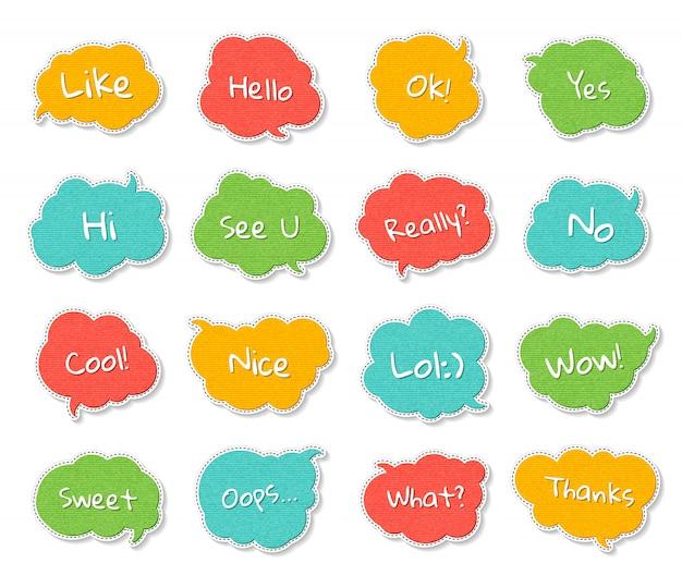 Insieme di bolle di discorso colorato con virgolette