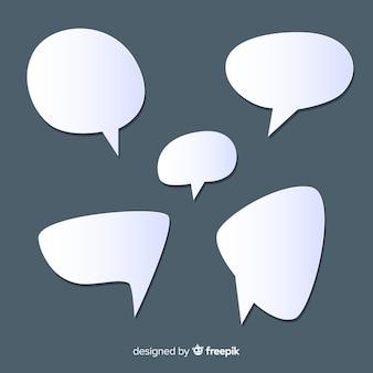 Insieme di bolle di discorso design piatto in stile carta
