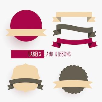 Insieme di elementi di design di nastri ed etichette vuote