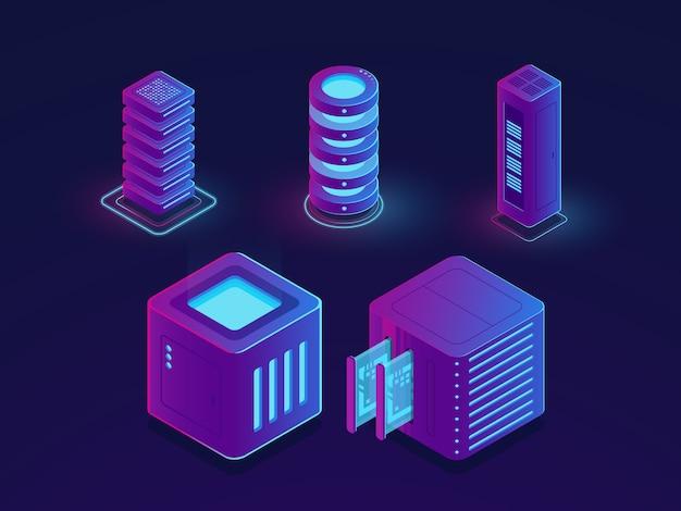 Insieme di elementi tecnologici, sala server, archiviazione dati cloud, progresso futuro della scienza dei dati