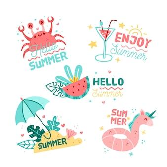 Insieme di etichetta di estate disegnato a mano stagionale