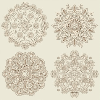 Insieme di mandala di mehendi floreale boho indiano doodle