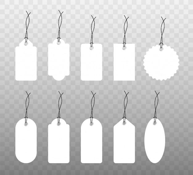 Insieme di varie etichette di carta bianca vuota