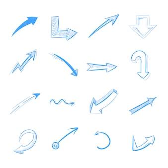 Insieme di vettore delle frecce del disegno a penna isolato su bianco