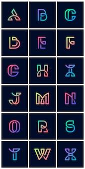 Insieme di vettore di alfabeti retrò colorato