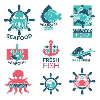 Insieme piano delle etichette di logo variopinto dei frutti di mare su bianco