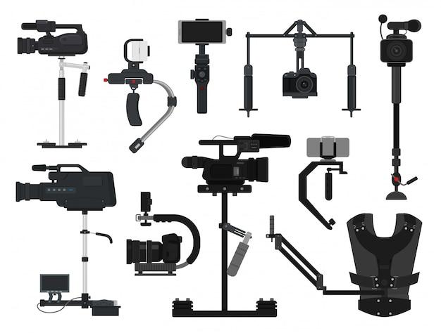 Insieme professionale dello stabilizzatore dell'attrezzatura del film della macchina fotografica digitale della video videocamera digitale di vettore di steadicam di produzione di tecnologia di film del videografo del fotografo isolata