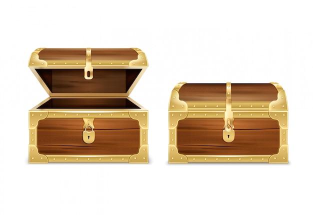 Insieme realistico del petto di legno con le immagini delle casse del tesoro vuote aperte e chiuse su bianco