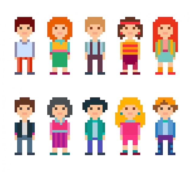 Insieme variopinto di personaggi in stile pixel art. uomini e donne che stanno sul fondo bianco. illustrazione.